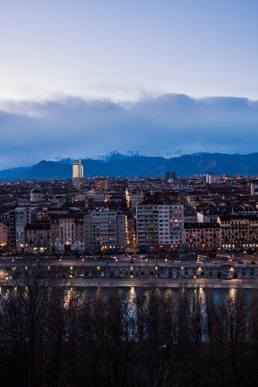 City Life The Po River Torino Gennaio Citta Montagne