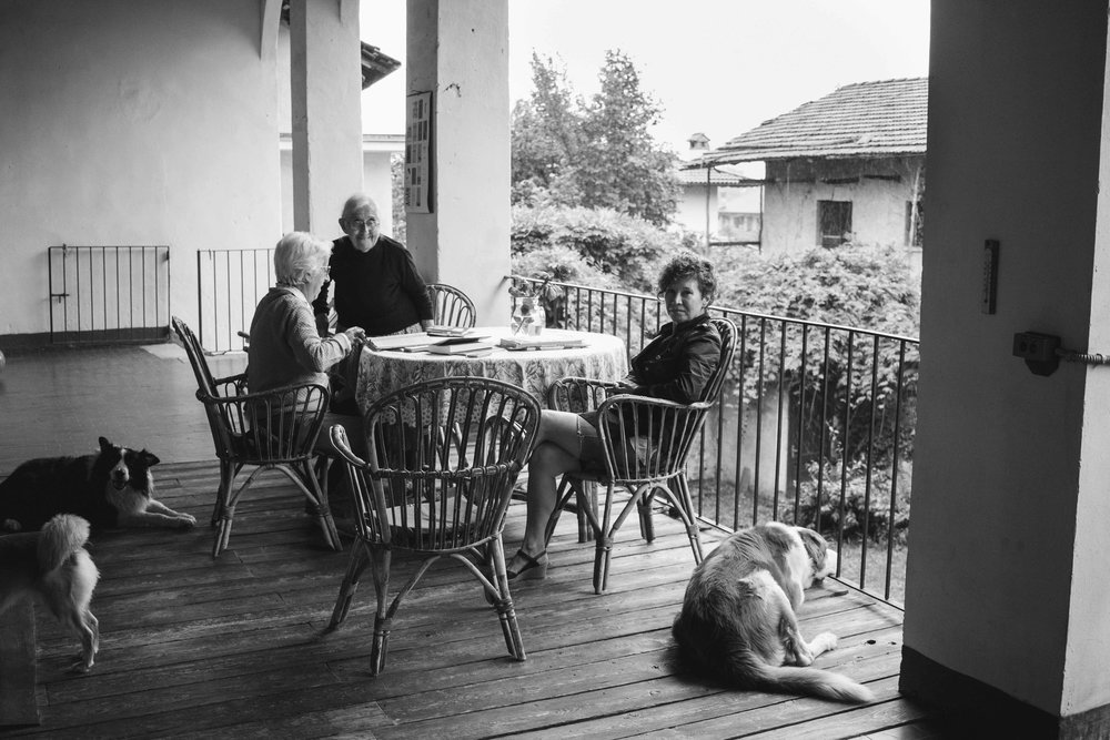 lunch in the Italian country side Photographer Fotografa Lifestyle portraits ritratti documentary editorial