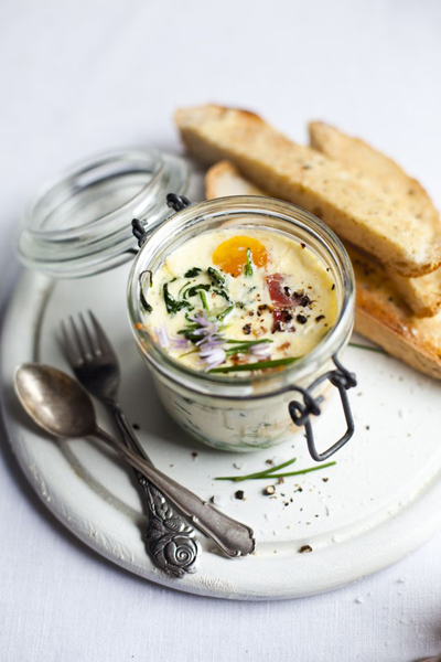 Baked eggs with spinach & ham / Donal Skehan