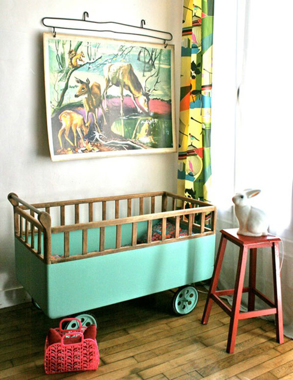 retro Aqua children's room