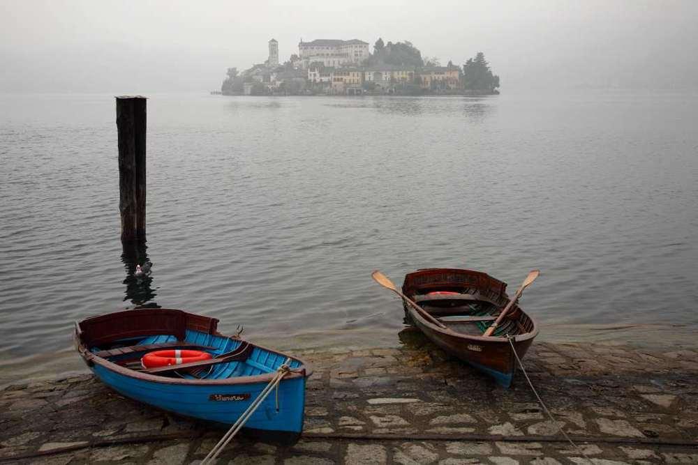 L'isola di San Giulio, Lago d'Orta