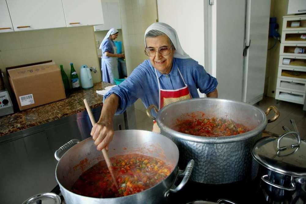 La cucina del monastero cottolenghino di Pralormo