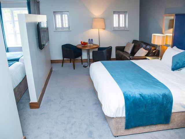 riverside-park-hotel-new-superior-family-4.jpg