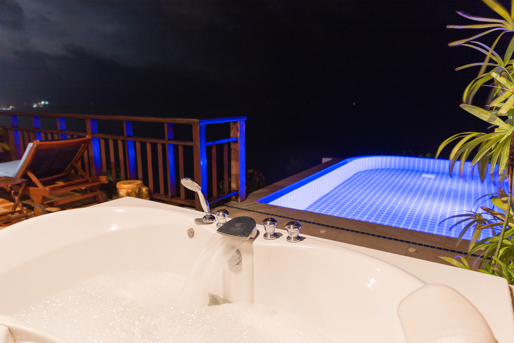 The outdoor jacuzzi