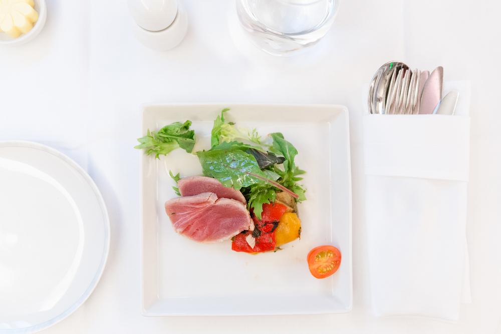 Salad of smoked tuna and vegetable