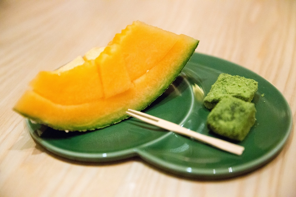 "Seasonal Fruits & Special Japanese Sweet ""Wagashi"" from Shizuoka"