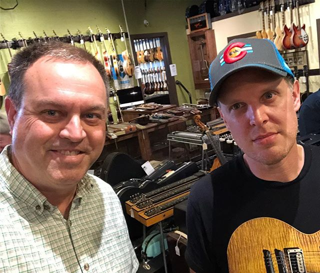 I stopped by @cartervintageguitars today in Nashville and, from the looks of this picture, was happier to meet @joebonamassa than he was to meet me. Nice guy, though.  #superstar #niceguy guitar #guitars #guitarist #music #electricguitar #customguitar #guitarbuilding #fender #fenderguitar #tele #telecaster #strat #stratocaster #jazzmaster #gibson #lespaul #guitarcollection #luthier #woodworking #diy #handmade #vintage #blues #rock #jazz #metal #lanxtonguitars