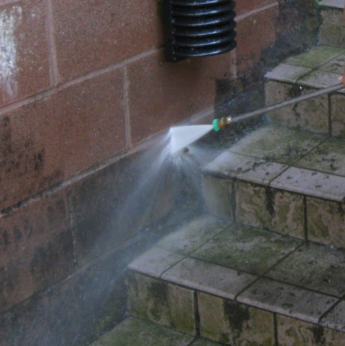 power washing.jpg