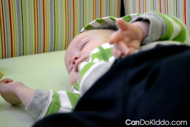 avoiding flat head baby helmet plagiocephaly