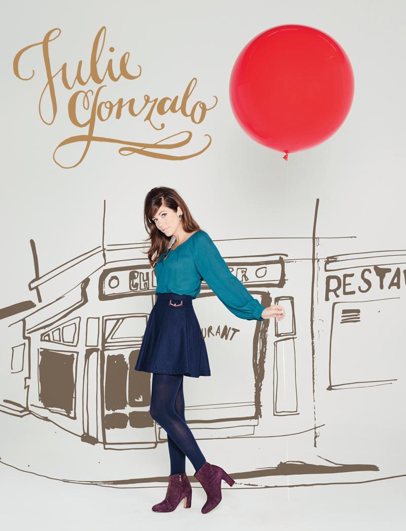 Julie Gonzalo, Zooey Magazine