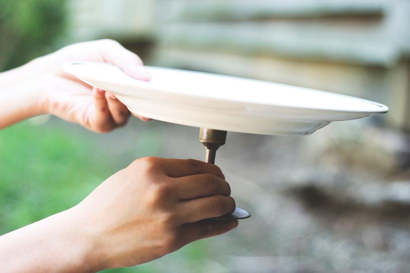 Cake Stand DIY, Zooey Magazine