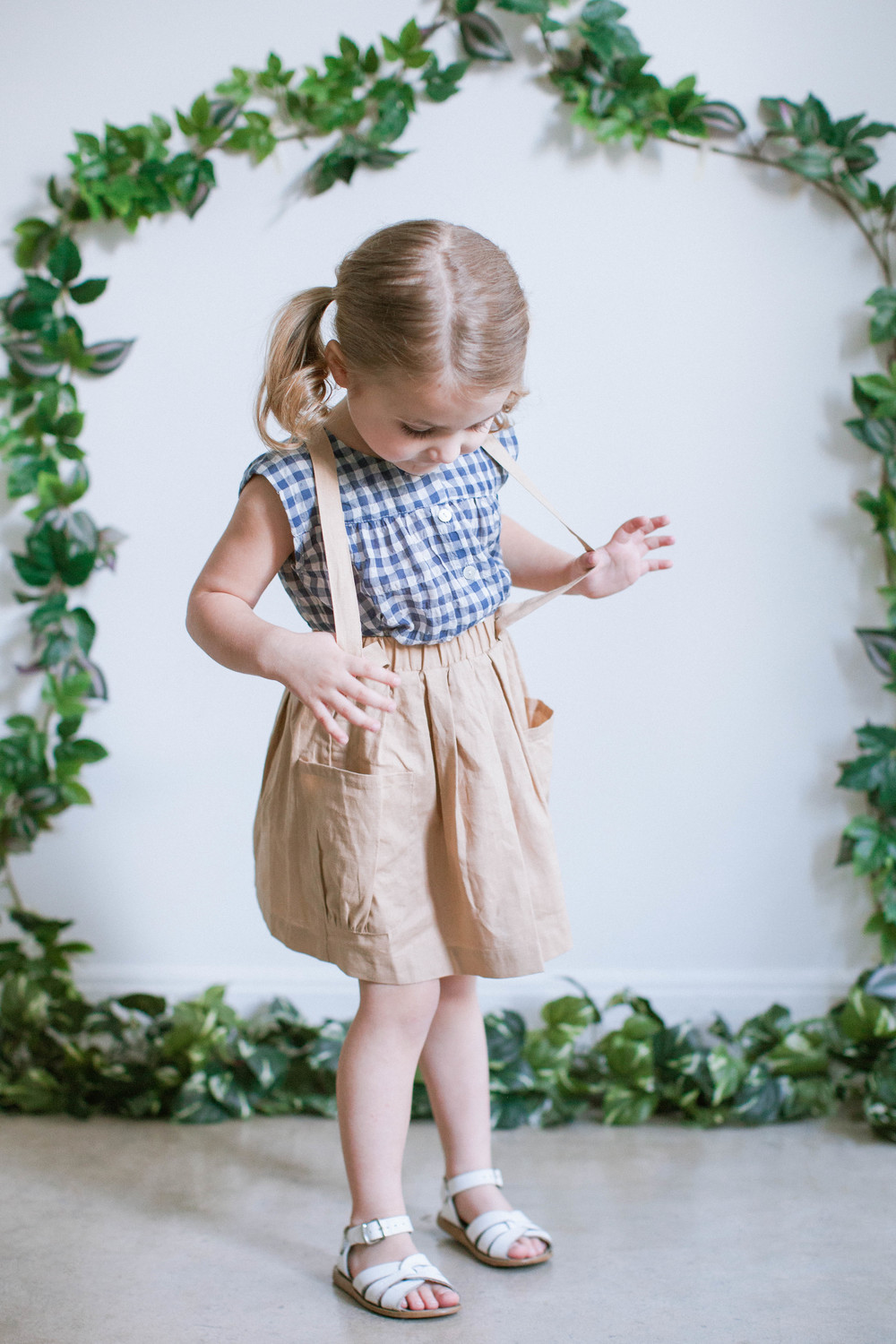 Top: Soor Ploom. Skirt: Olive Juice. Sandals: Saltwater.