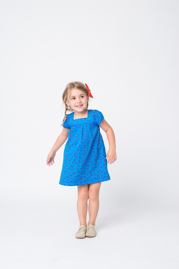 Dress: Egg by Susan Lazar. Bow: Hucklebones. Shoes: Zuzii.
