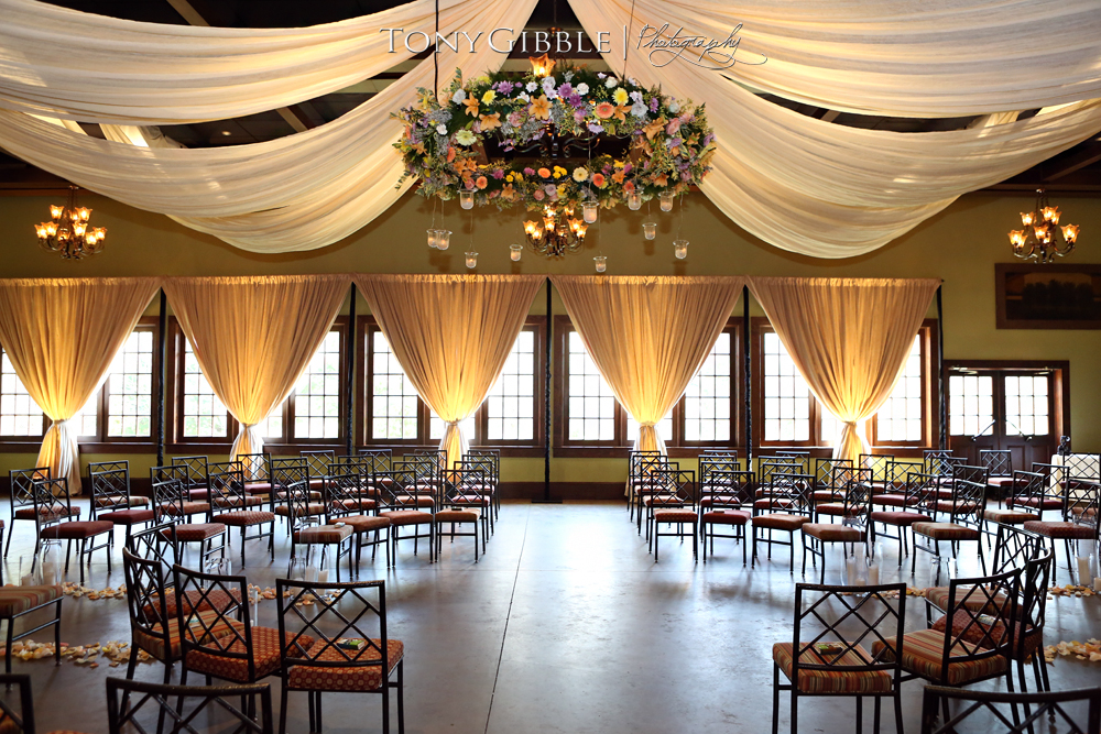 Ballroom Finestra Package, Bello Draping, Floral Ring