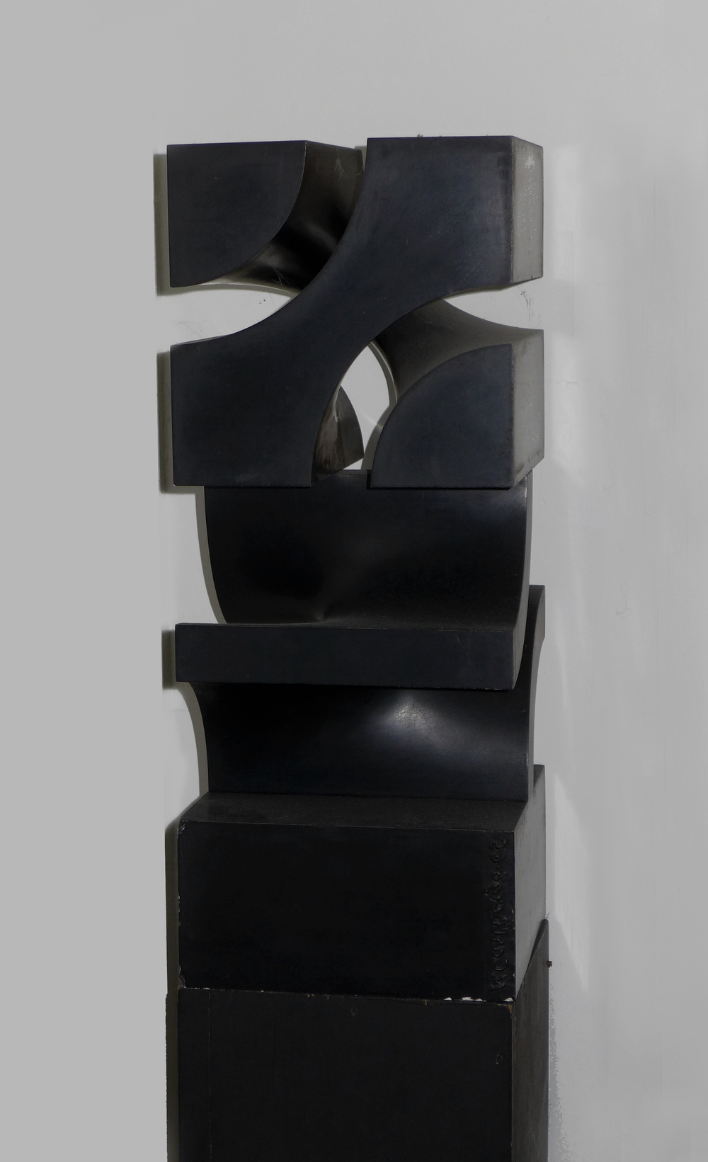 Norman Carlberg, Untitled, 1960, cast metal, 24x10x10