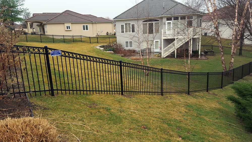 iron-fencing-and-gates---bernies-fence-company.jpg