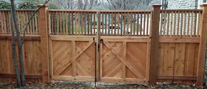 bernies-fence-company-wood-fencing-and-gates---kansas-city-missouri.jpg