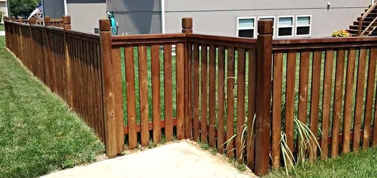 wood fencing in kansas city mo.jpg