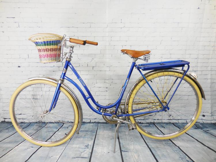 1949 Crescent (Sweden) Loop Frame Bike \