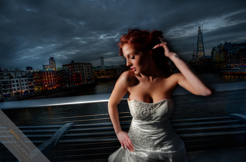 Bride-Bridal-Wedding-London_Bridal-London_Wedding-Romance-Gherkin-Millennium_Bridge-Portraits-www.gavinconlan.com-gavin_conlan-Portraiture-Essex_Photographer-London_Photographer-Weddings_at_Gherkin.-2-20.jpg