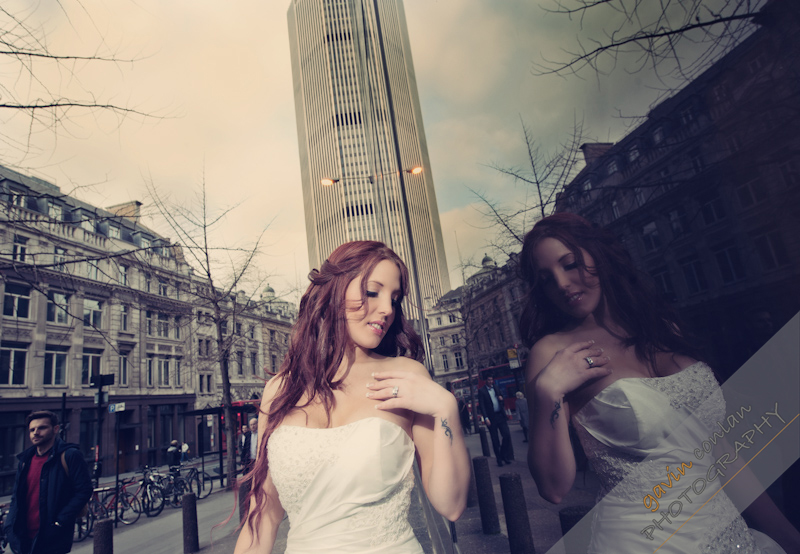 Bride-Bridal-Wedding-London_Bridal-London_Wedding-Romance-Gherkin-Millennium_Bridge-Portraits-www.gavinconlan.com-gavin_conlan-Portraiture-Essex_Photographer-London_Photographer-Weddings_at_Gherkin.-7633.jpg