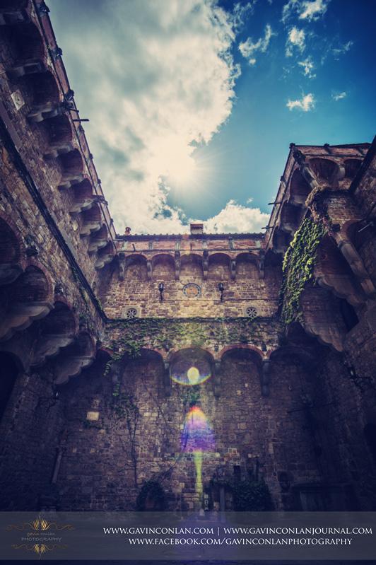 gavinconlan-Diana-Danny-Italy_Wedding-Florence-Wedding-Castello_di_Vincigliata-Fiesole-Tuscany-Tuscan_Wedding-Fattoria_di_Maiano_Apartments-5008.jpg