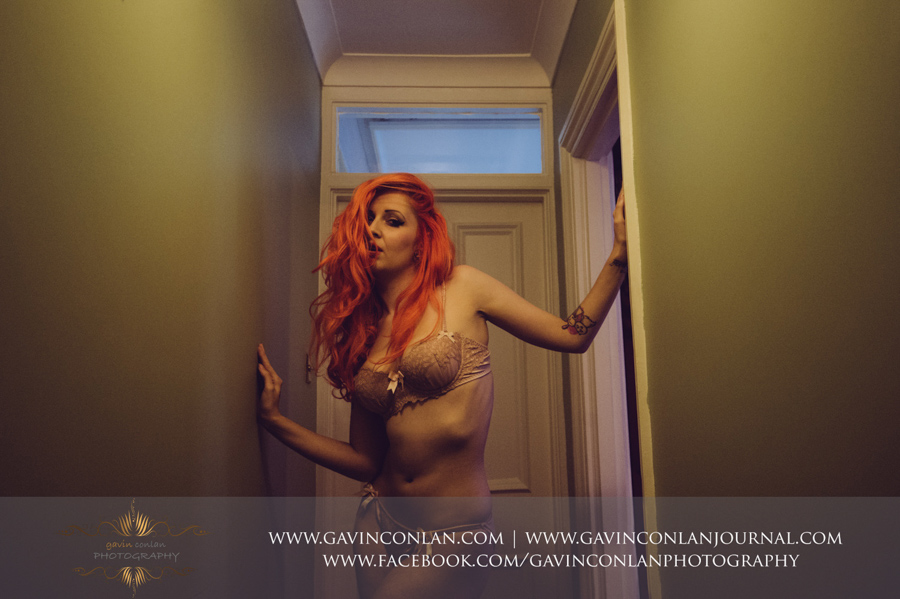 a portrait of a beautiful woman in sexy ivory coloured underwear. Essex boudoir photography by gavin conlan photography Ltd