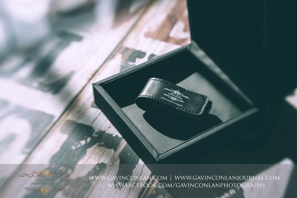 gavin conlan photography Ltd black branded custom slide box showcasing the black leather branded USB drive