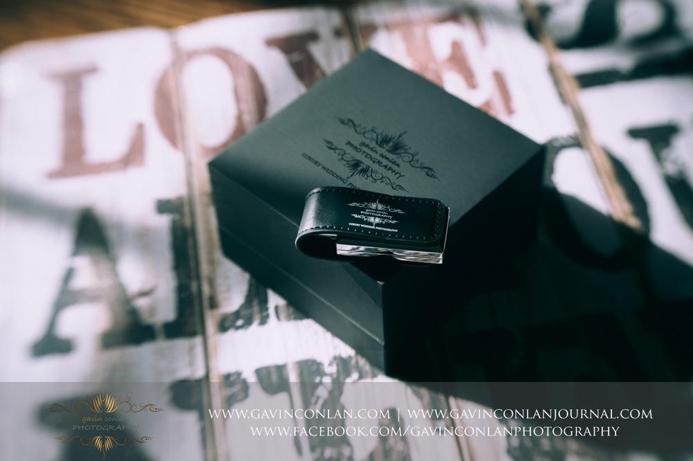 gavin conlan photography Ltd black brandedcustom slide box showcasing the black leather branded USB drive