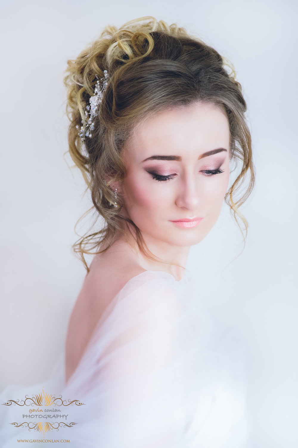 creative-bridal-hair-make-up-jewellery-photo-shoot-gavinconlanphotography-11