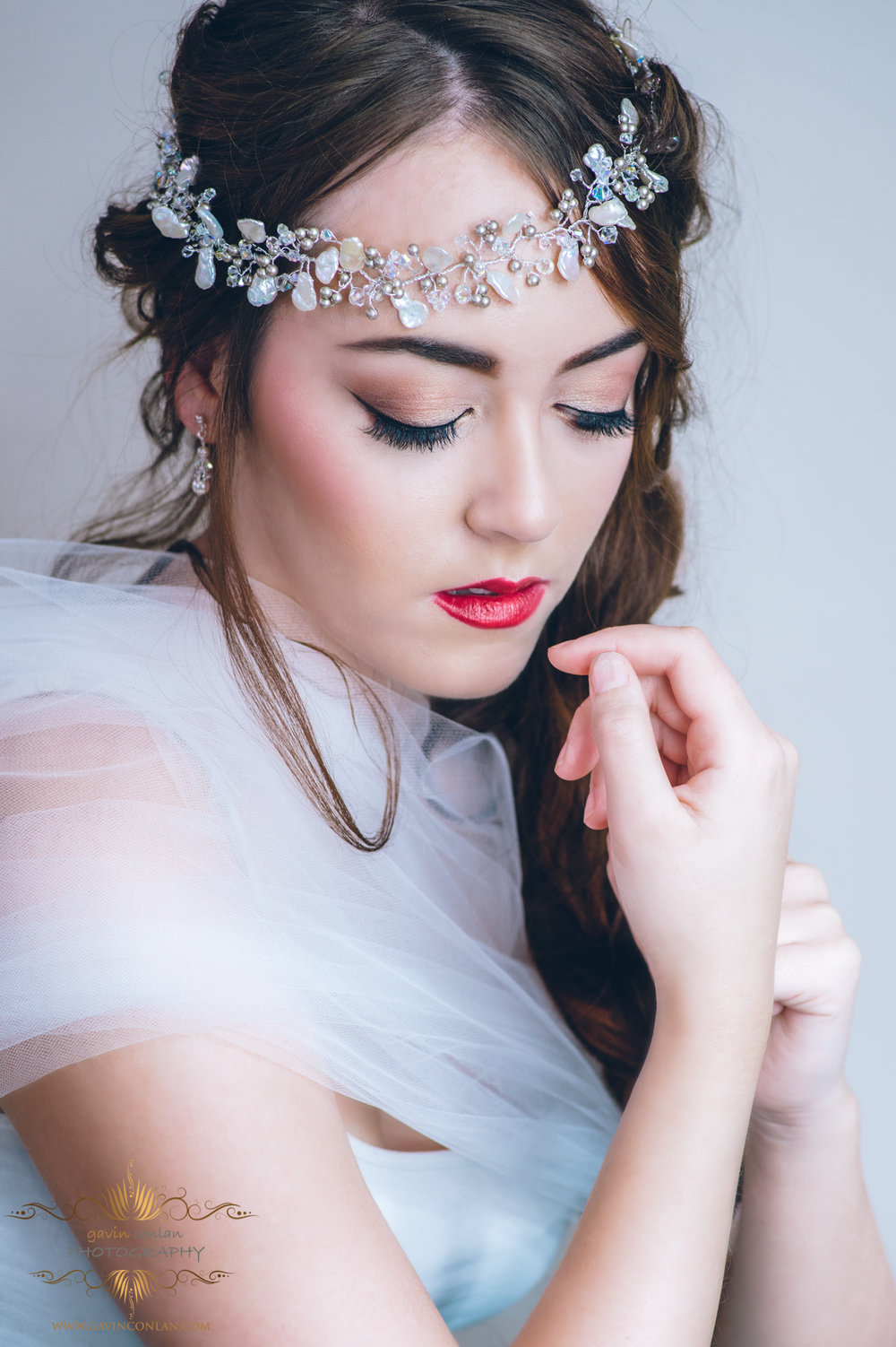 creative-bridal-hair-make-up-jewellery-photo-shoot-gavinconlanphotography-16