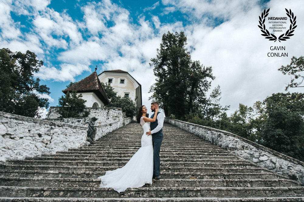 destination-wedding-portrait-bled-island-lake-bled-gavin-conlan-photography-wedaward-02