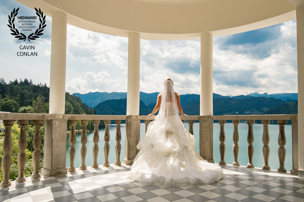 destination-wedding-portrait-grand-hotel-toplice-lake-bled-slovenia-gavin-conlan-photography-wedaward