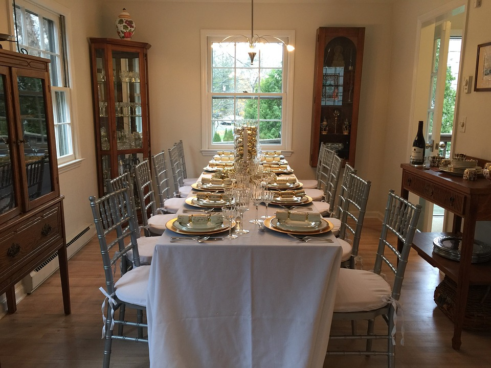 thanksgiving-table-1888643_960_720.jpg