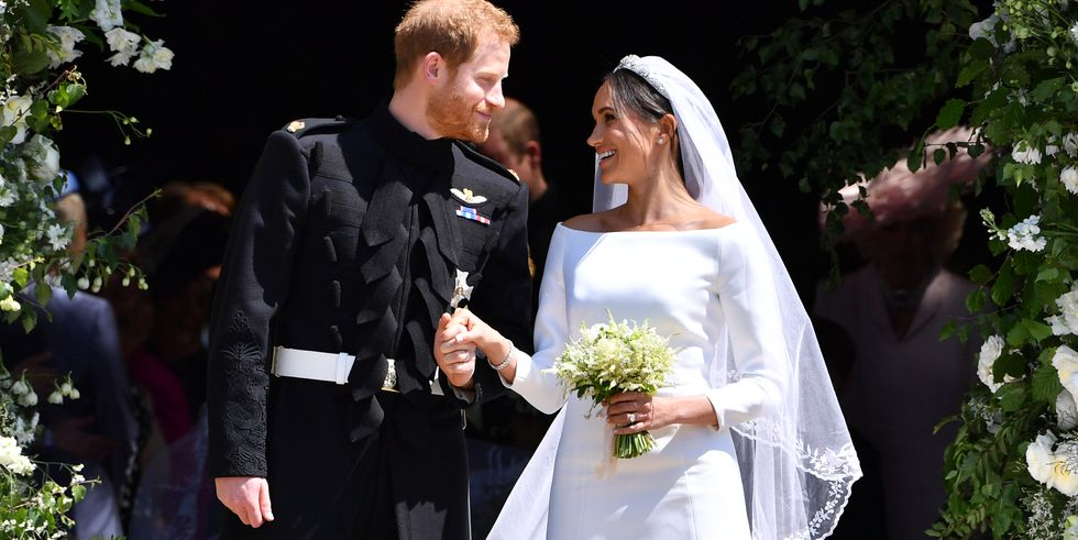 harryandmeghanmoment-1526748540.jpg