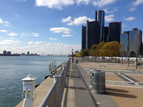 Detroit River pic day 1.jpg