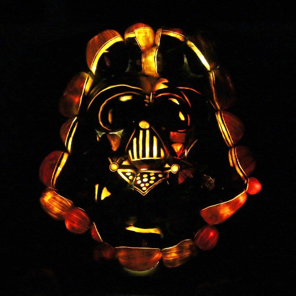 rise-pumpkin-darth-vader