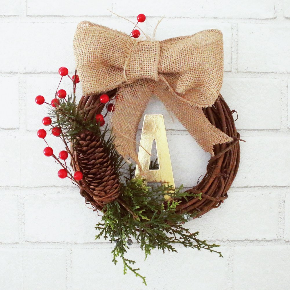 DIY-New-Years-Party-Pinterest-christmas-wreath
