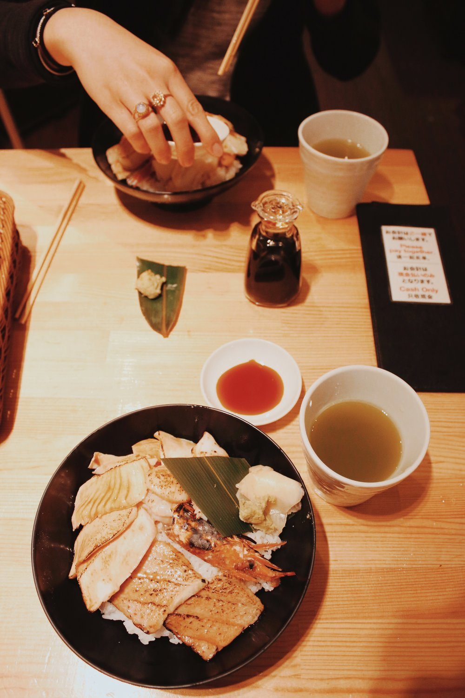 eat-tsu23 copy.JPG
