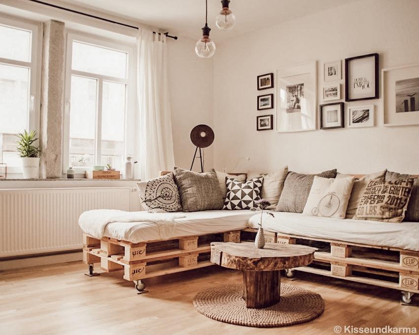natural-brown-felted-ball-carpet-danish-design_1.JPG