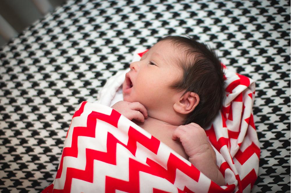Newborn home seesion az 4