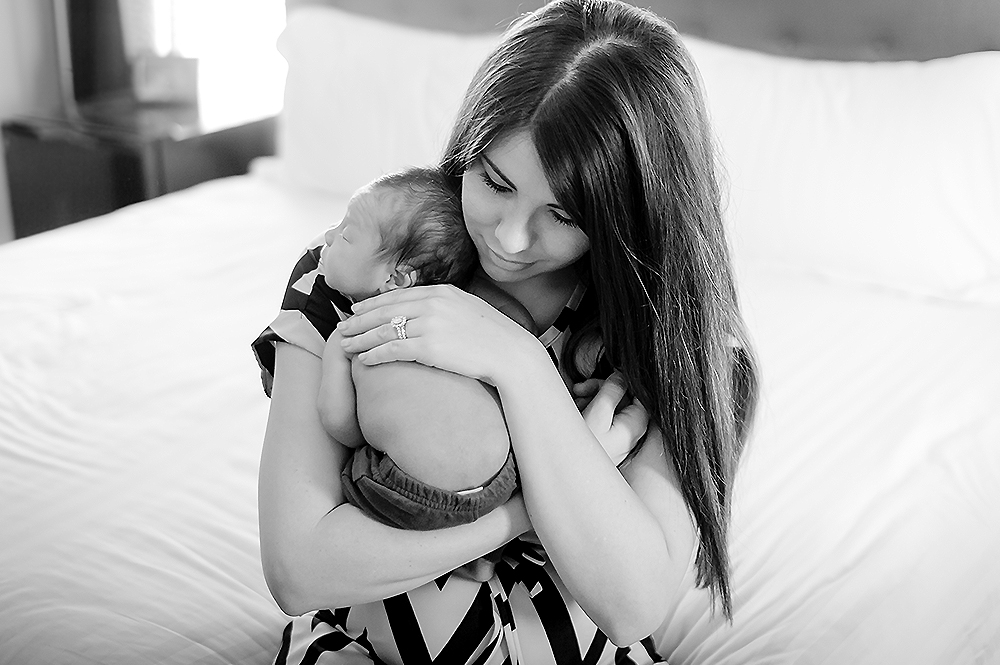 Phoenix Newborn Lifestyle Photo 37