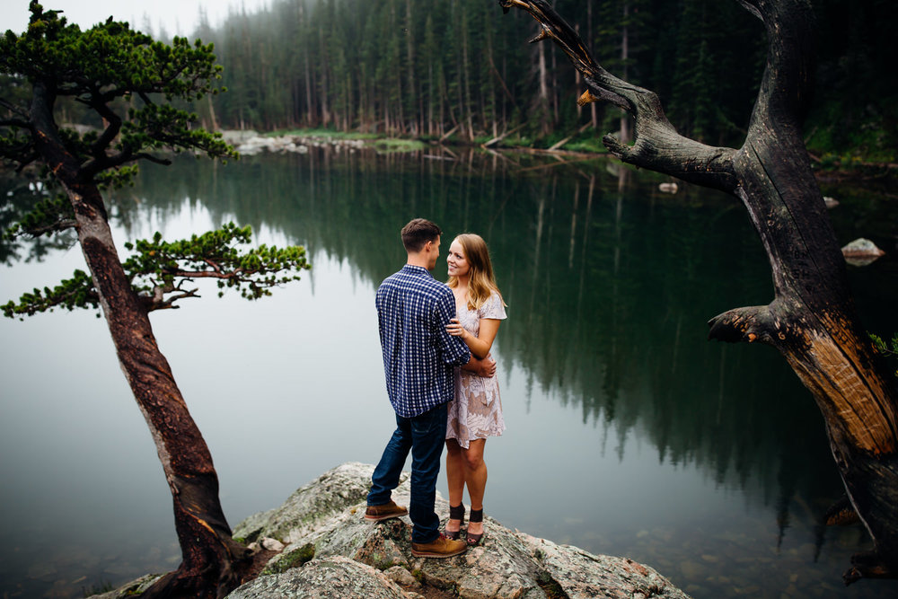 Foggy Colorado Engagement Session -15.jpg