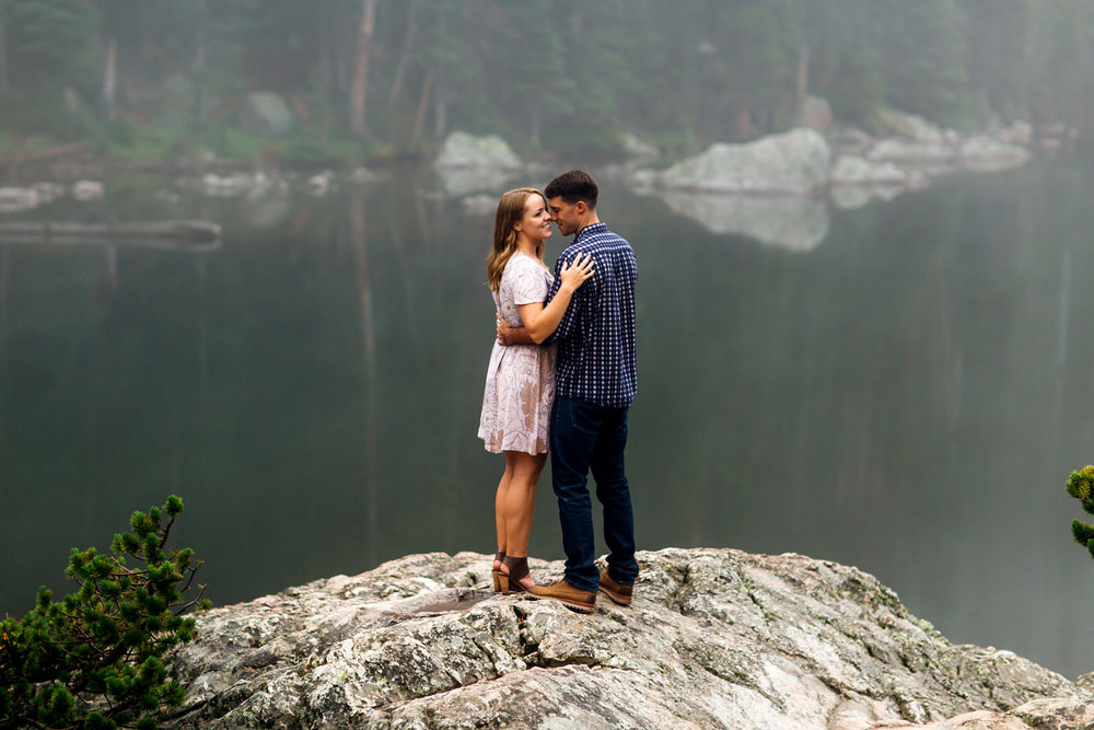 Foggy Colorado Engagement Session -18.jpg