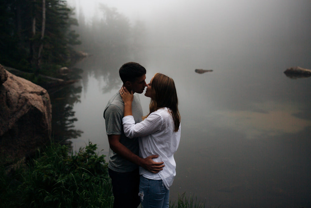 Foggy Colorado Engagement Session -31.jpg