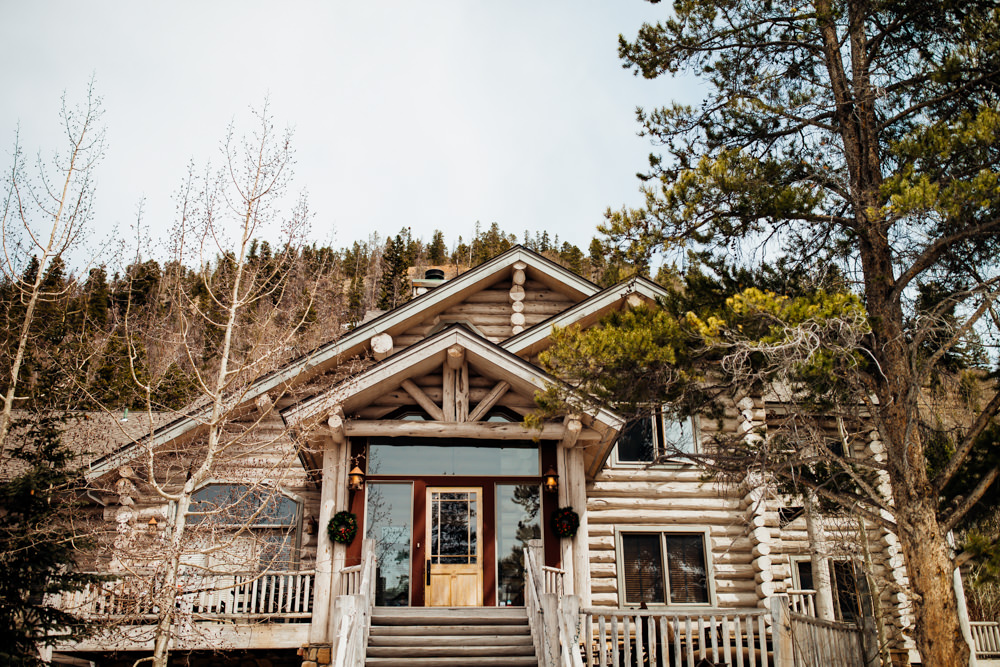 Breckenridge Wedding Photographer - The Little Mountain Lodge -13.jpg