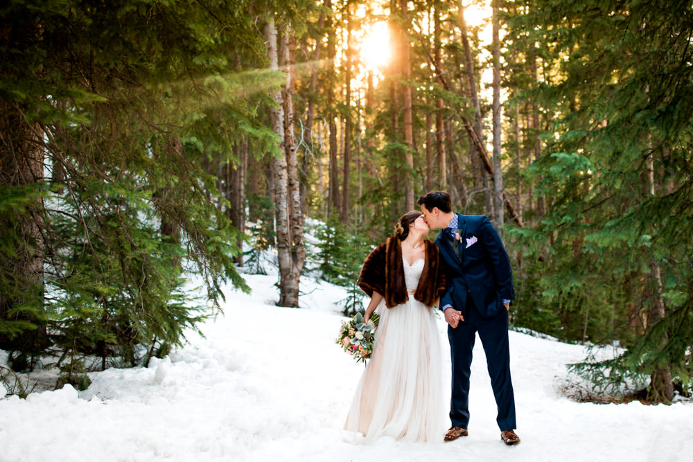 Breckenridge Wedding Photographer - The Little Mountain Lodge -45.jpg