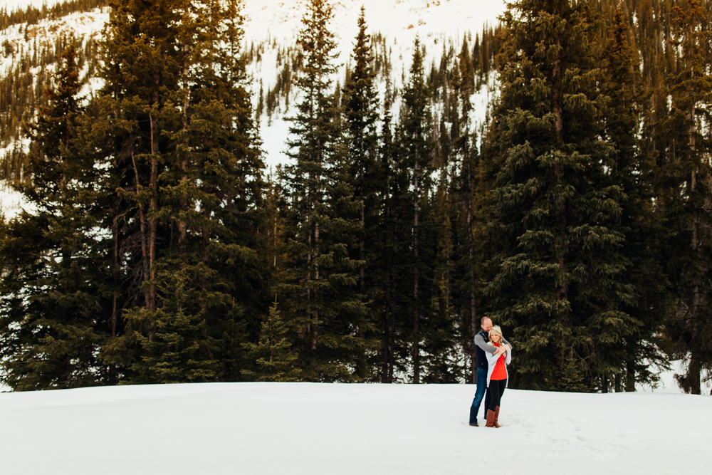 Loveland Pass Engagement Session -7.jpg