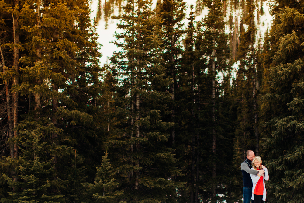 Loveland Pass Engagement Session -8.jpg