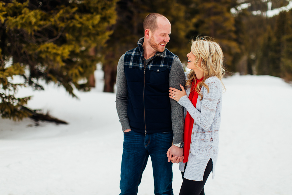 Loveland Pass Engagement Session -17.jpg